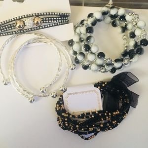 Jewelry - Set Of Bracelets #B1001